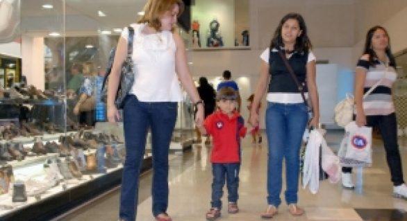 Vendas nas lojas de shopping centers crescem 5% no Natal