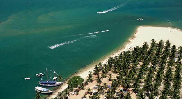 Belezas naturais de Alagoas e campanha Réveillon 2014 divulgadas em Pernambuco