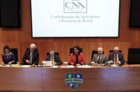 CNA aponta desafios da agropecuária para 2014
