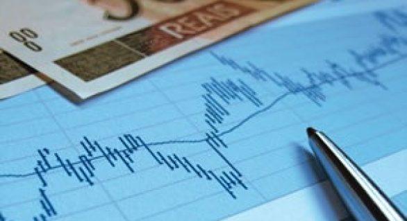 Balança comercial tem pior fevereiro em 20 anos
