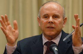Economia brasileira caiu 0,5% no terceiro trimestre
