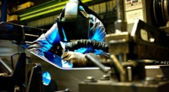IBGE: Indústria cresce no primeiro bimestre em nove dos 14 locais pesquisados