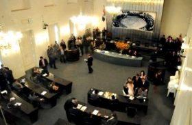 Imbróglio político atrasa rateio do Fundeb, Orçamento e realinhamento na PM