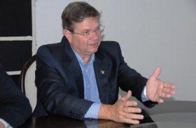 Alexandre Toledo avisa que é candidato a governador pelo PSB e quer apoio de Téo Vilela