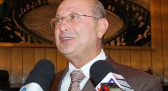 Governo perde prazo e presidente da ALE promulga orçamento do Estado