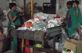 CGE firma parceria com cooperativa para doação de materiais recicláveis