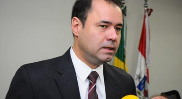 """Fireman vai continuar """"caminhada"""" até convenção do PSDB"""