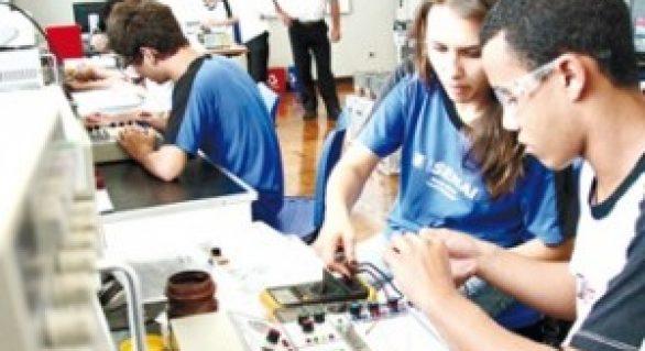Em Penedo, parceria entre Semthas e Senac oferta cursos profissionalizantes