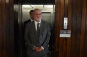 Eduardo Azeredo renuncia hoje ao mandato de deputado
