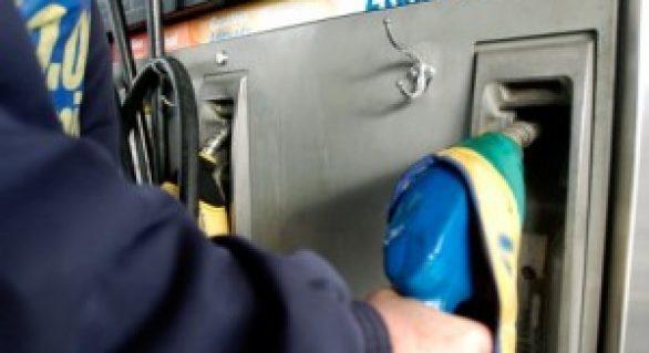 Relação entre etanol e gasolina fecha março em 72%, diz Fipe