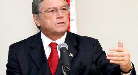 """""""Vou permanecer no governo até o fim"""", diz Téo Vilela em programa do PSDB"""