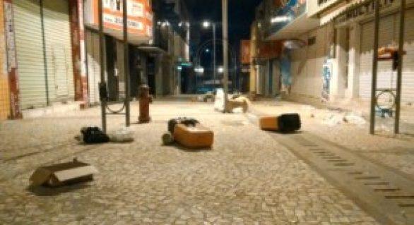 População repudia atos de vandalismos no Centro de Arapiraca