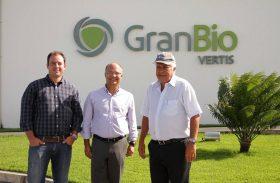 Nonô visita GranBio e destaca inovação tecnológica em Alagoas