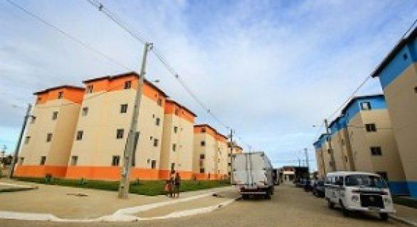 Moradores de área de risco são transferidos para o residencial Ouro Preto