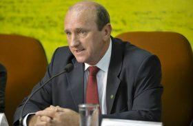 Ministro da Agricultura defende aumento do percentual de álcool na gasolina