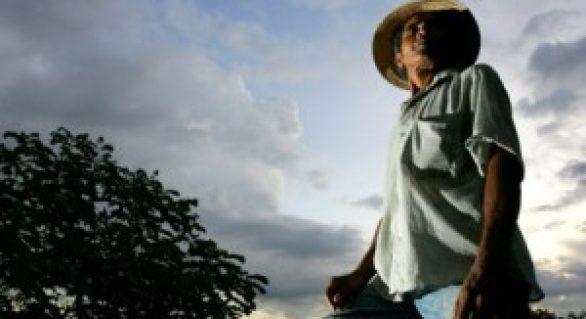 Faeal e produtores se reúnem para discutir sobre o endividamento rural