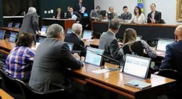 CCJ aprova aumento de repasses para municípios