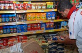 Preço da cesta básica cai em 15 capitais