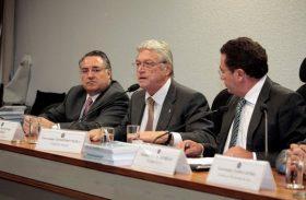 Comissões aprovam projeto que reduz juros da dívida dos estados