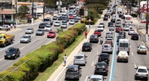 Faixa Azul: SMTT autua mais de 450 motoristas em apenas um mês