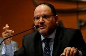 Ministro Henrique Paim abre Congresso da Educação Particular em Maceió