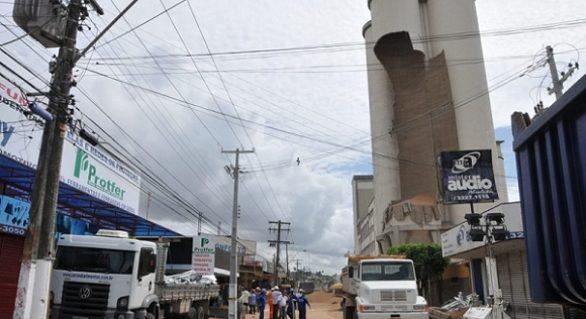 Após acidente, SMTT altera itinerário de ônibus no Poço