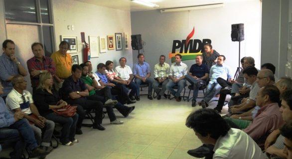 Renan anuncia Renan Filho para governador, no dia 5 de maio