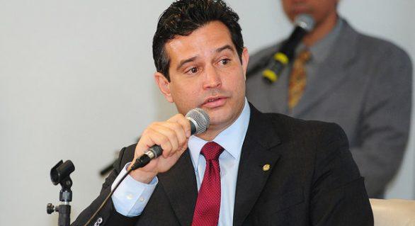 """Temer pode afastar Maurício Quintella e outros ministros """"enrolados"""" com a Justiça"""