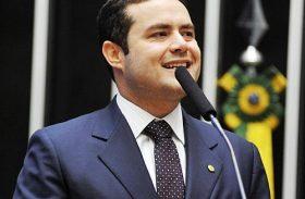 Renan Filha dá uma 'pausa' na campanha durante a Copa