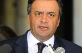 Aécio Neves promete ajudar Téo Vilela com o DEM em Alagoas