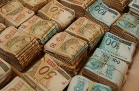 Doações de campanha caíram de R$ 6,4 bi para R$ 2,9 bi