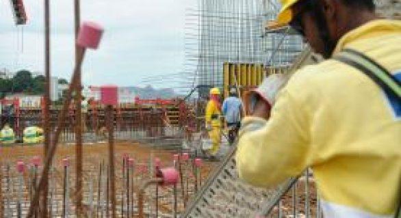 Atividade no comércio recua 3,2% em junho, aponta Serasa Experian