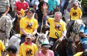 Em cavalgada, Biu diz que vai governar com prefeitos e sociedade