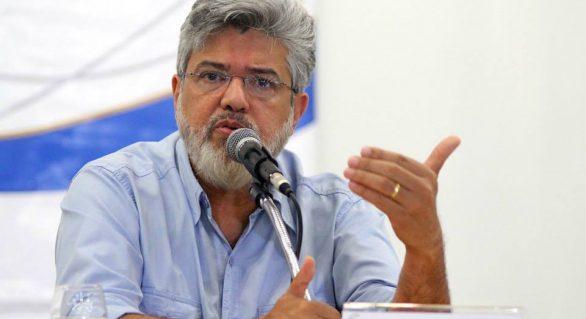 Falta de apoio e boicote no PSDB levam ET a desistir do governo