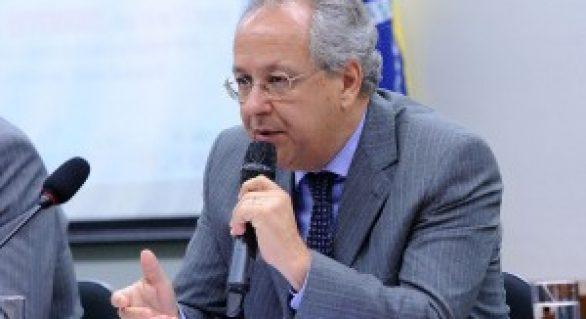 Agronegócio é determinante para exportações brasileiras, diz Ferraz
