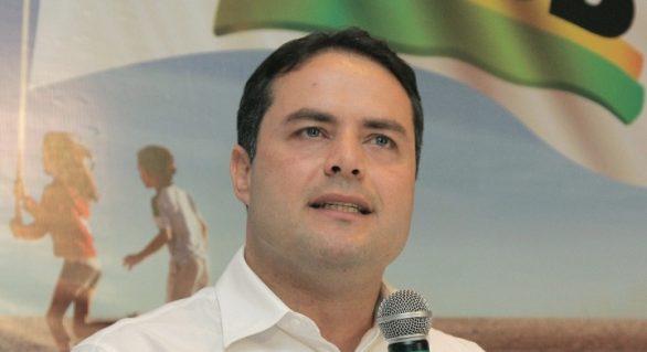 Renan Filho define marca e espera momento certo para lançar campanha