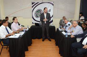 'Alto lá': Renan Filho surpreende no debate ao falar de Murici