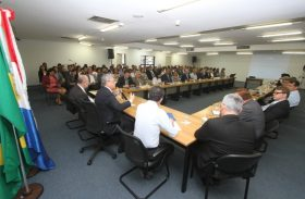 Governador Teotonio Vilela apresenta proposta de transição de governo
