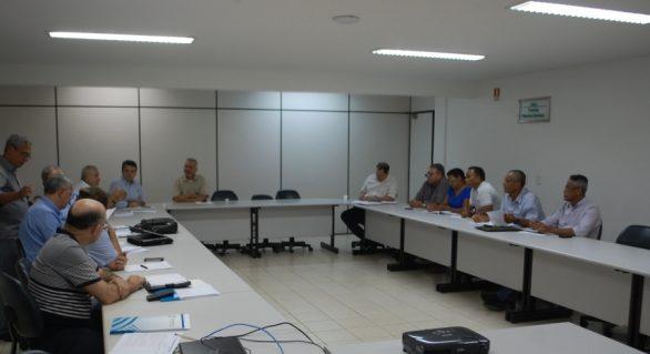 Acordo coletivo de trabalho é discutido na Federação da Agricultura