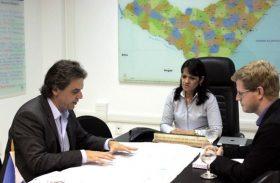 Indústria de papel estuda instalação de nova unidade em Alagoas