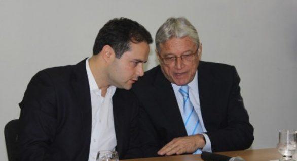 Críticas estremecem clima de 'paz e amor' entre Vilela e Renan Filho