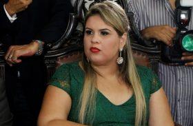 Tribunal de Justiça quebra sigilo e bloqueia bens de Melina Freitas
