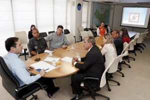 Governador Renan Filho exige um acompanhamento frequente da operação. (Foto: Marcio Ferreira)