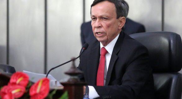 LD vai convocar deputados para votar Orçamento do Estado em janeiro