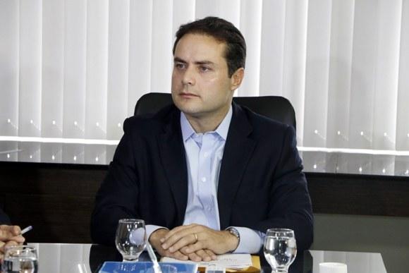 Em rede social, governador afirmou que ainda não sancionou Passe Livre porque a sociedade tem que sentir atendida pela legislação (Foto: Márcio Ferreira)