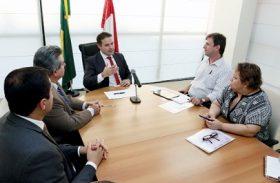 Renan Filho quer ampliação do programa do leite em Alagoas