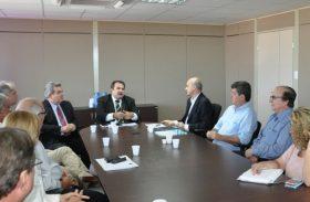 Secretários analisam alternativas para minimizar crise canavieira