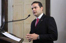 Renan Filho participa de encontro de governadores no Senado