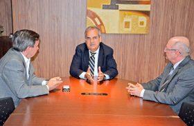 Luiz Dantas garante votação do reajuste salarial do TCE/AL