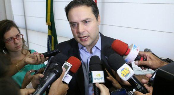 Governador responsabiliza má gestão sobre abandono de medicamentos no Lifal